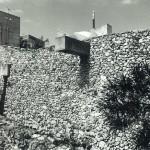 野石積みの家